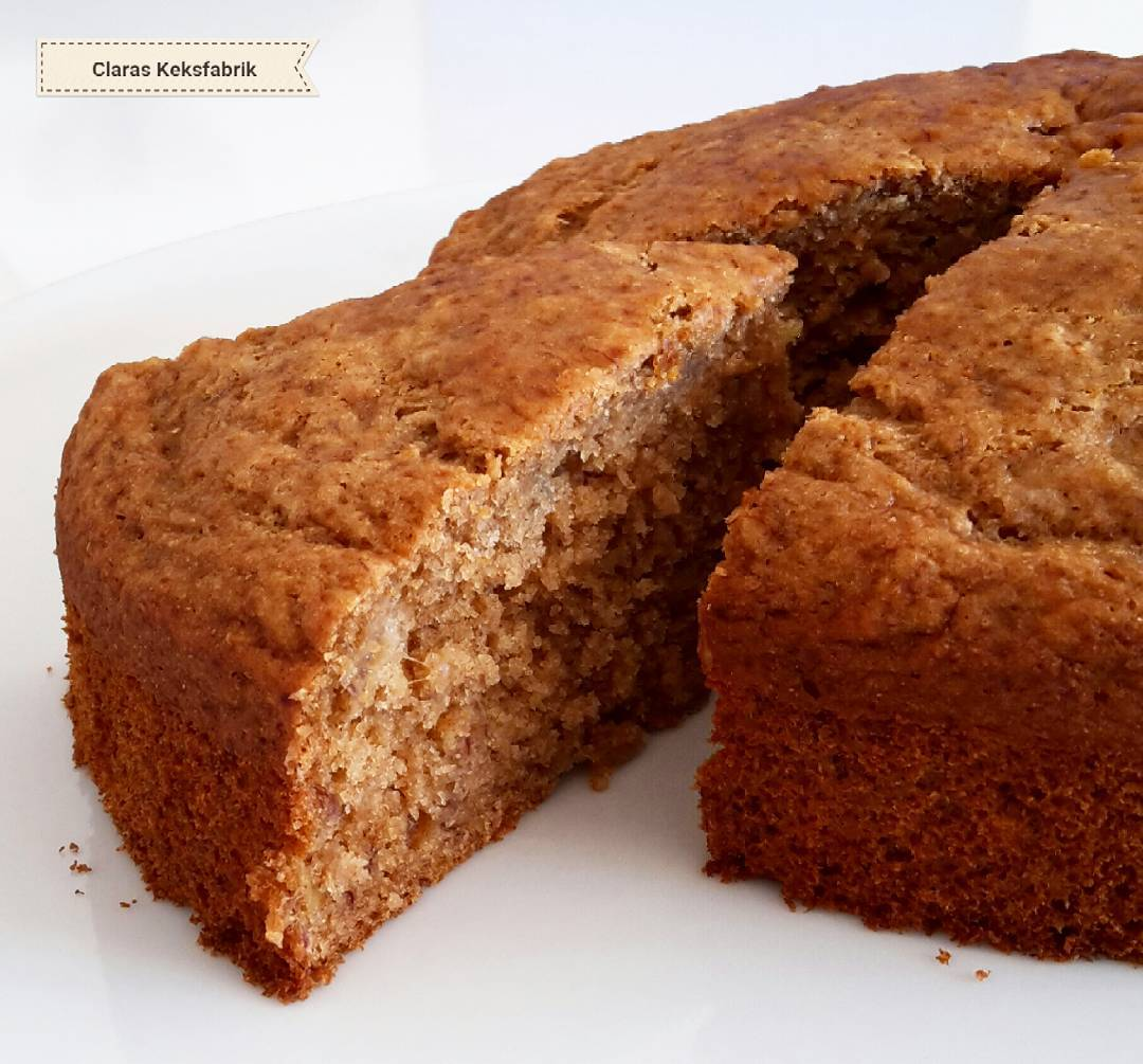 healthy banana cake | @claras_keksfabrik