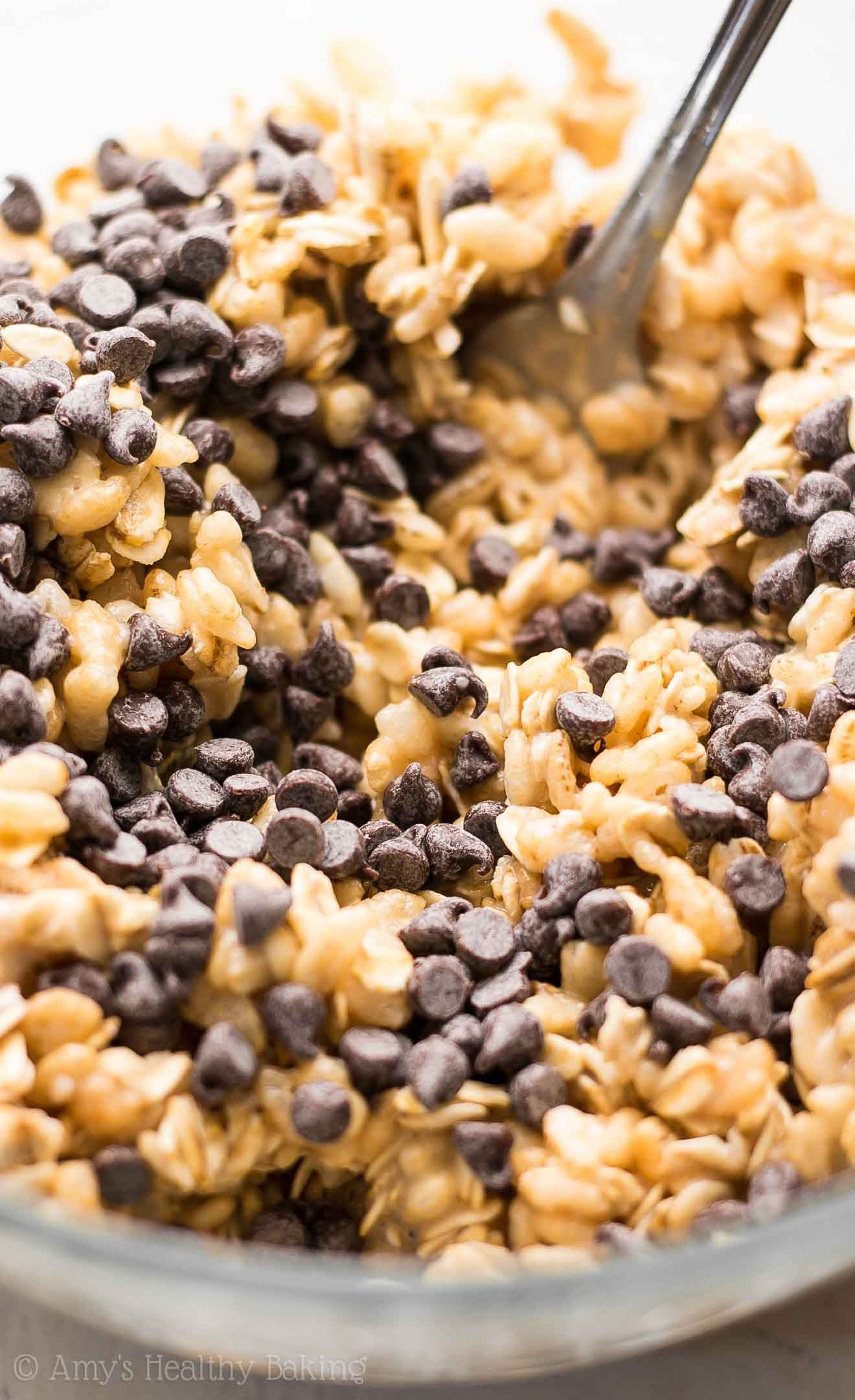 These healthy granola bars are full of chocolate! So easy, so good & just 38 calories! Perfect for grab-and-go snacks!