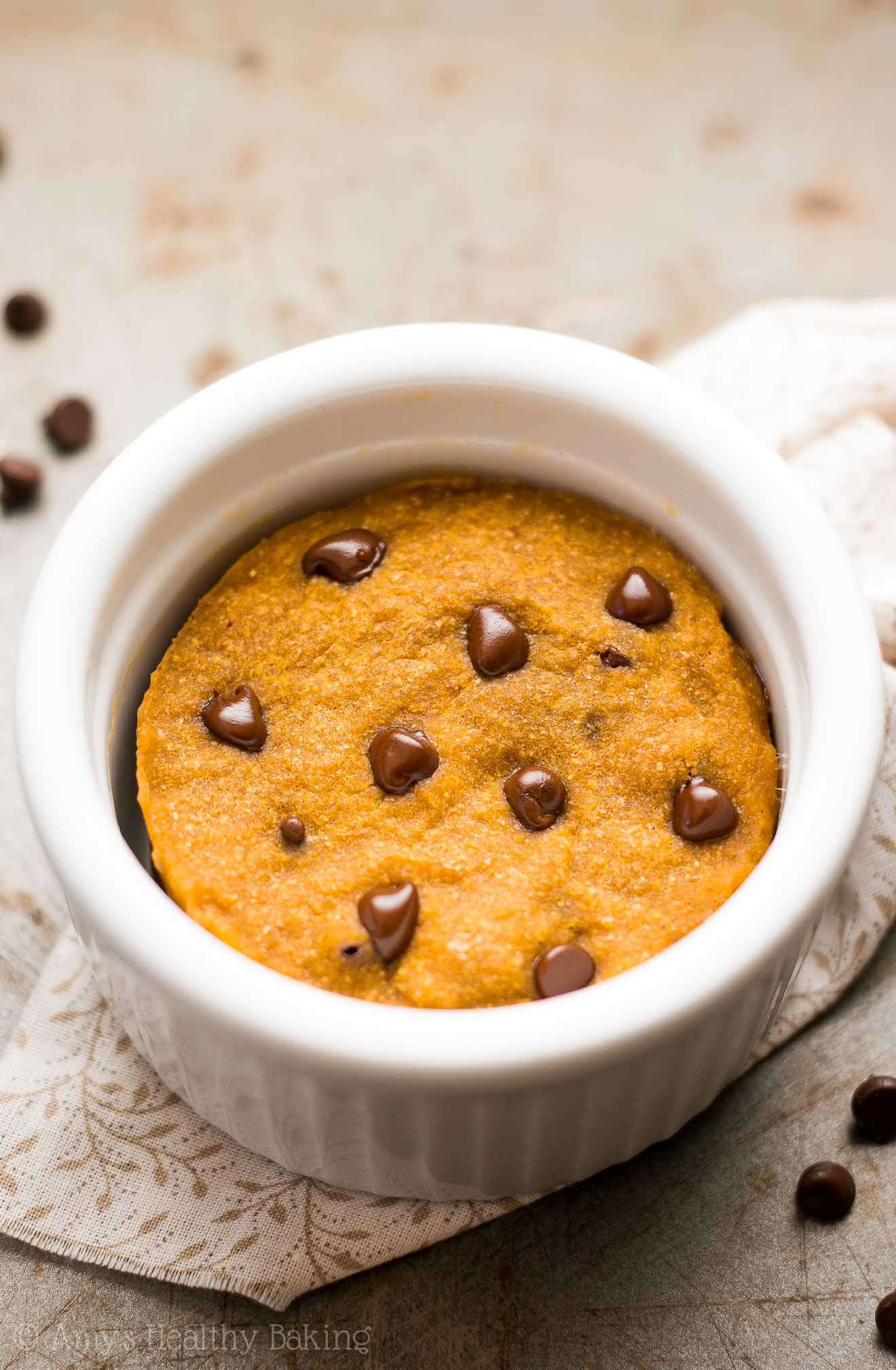 Skinny Single-Serving Pumpkin Chocolate Chip Mug Cake ...