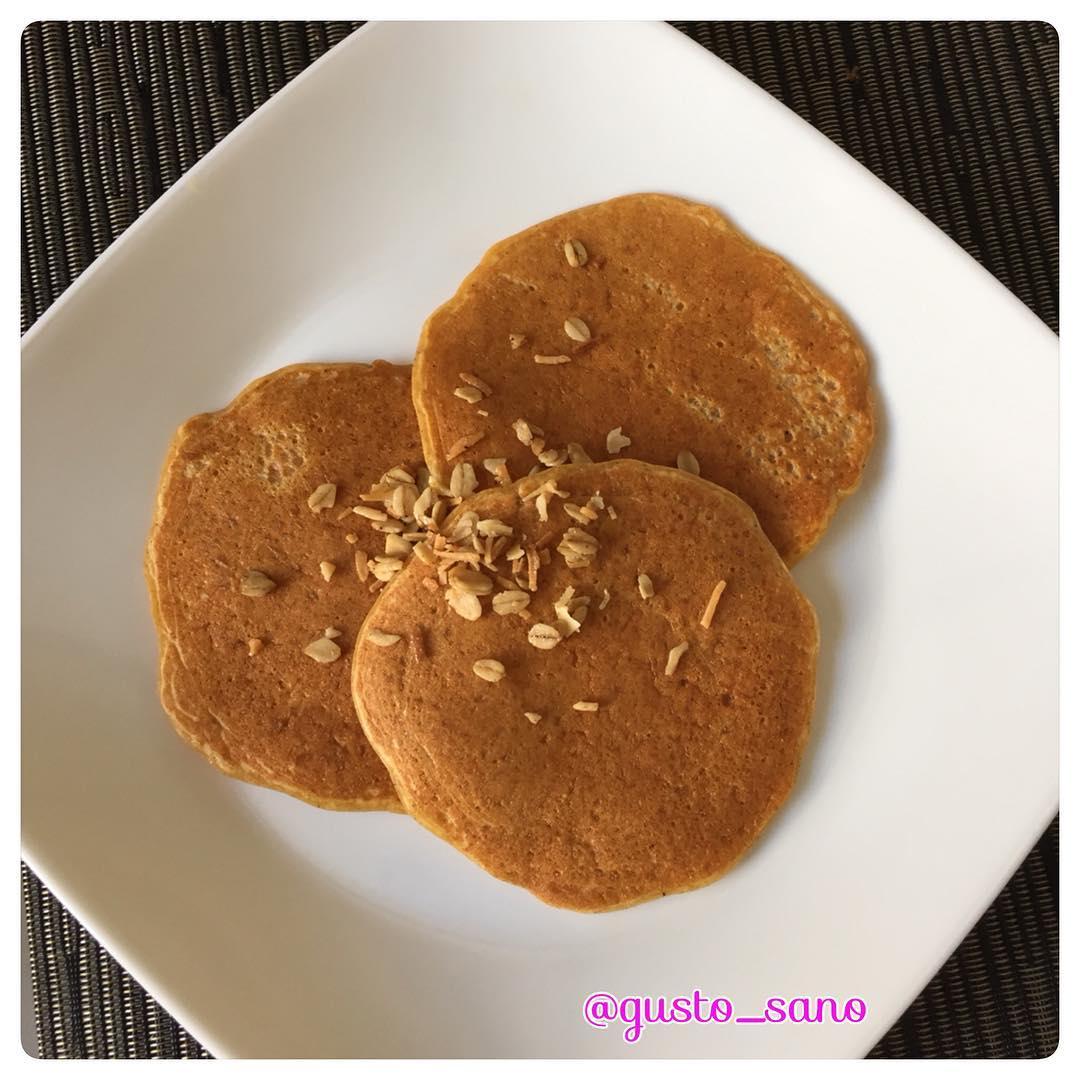 carrot cake pancakes by @gusto_sano