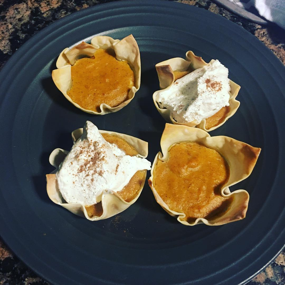 "ultimate healthy pumpkin pie {in wonton ""crusts!""} by @jazzyhealth"
