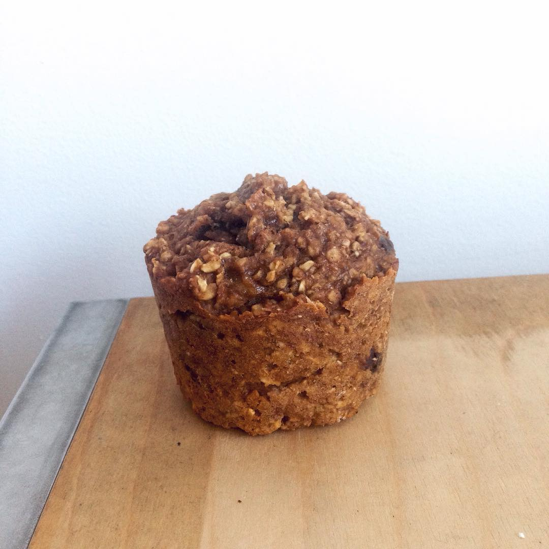 chocolate chip banana bran muffins by @_almamatters_