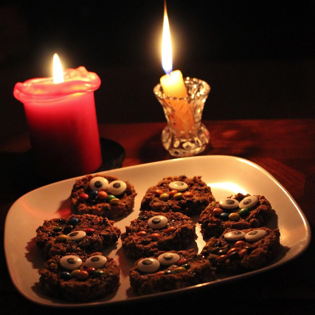 healthy pumpkin monster cookies by @thecagelessbird