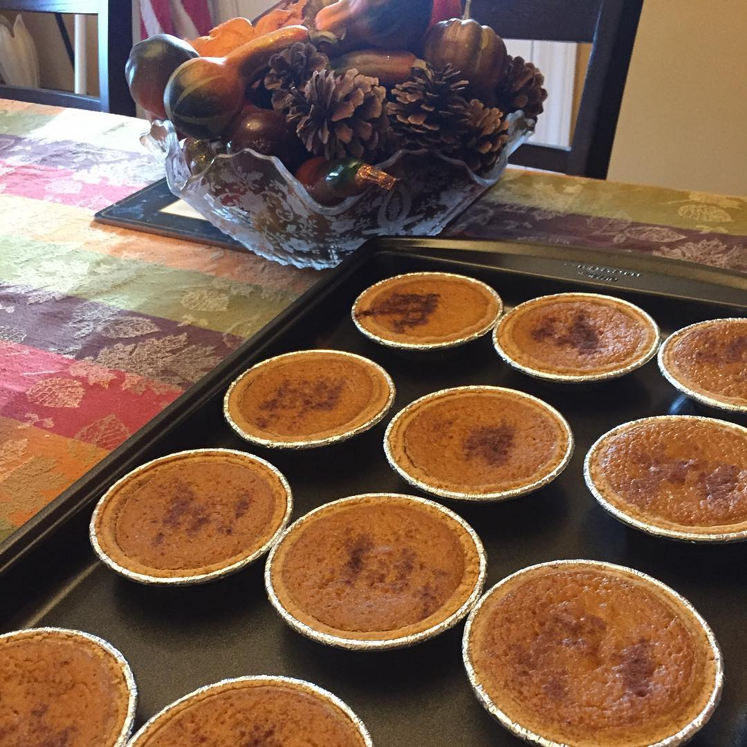 the ultimate healthy pumpkin pie by @janeska17