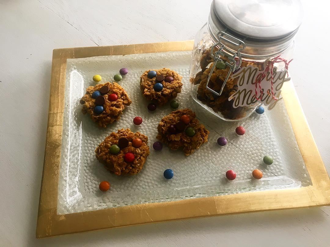 healthy pumpkin monster cookies by @megkollar
