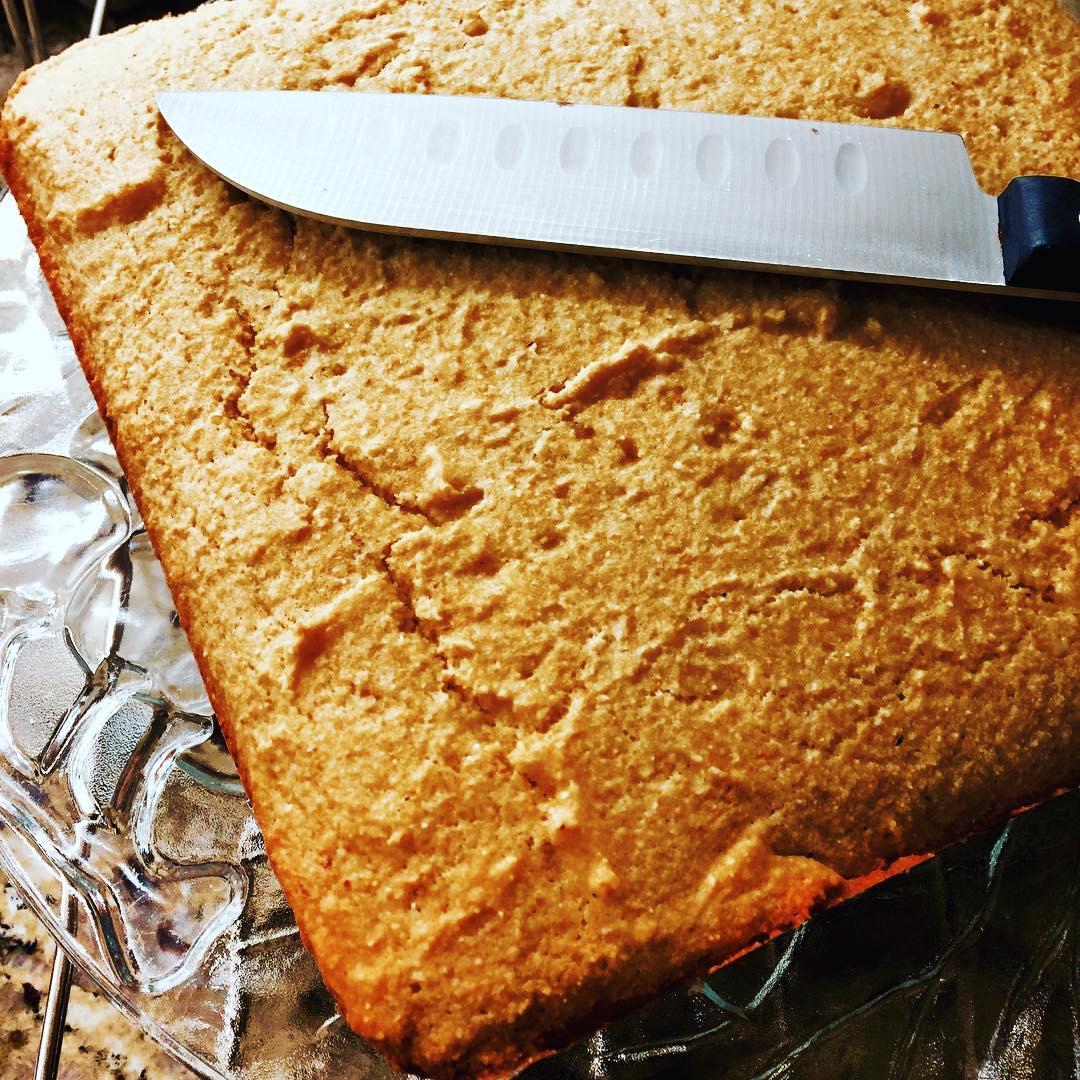 the ultimate healthy cornbread by @greeneyegeisha
