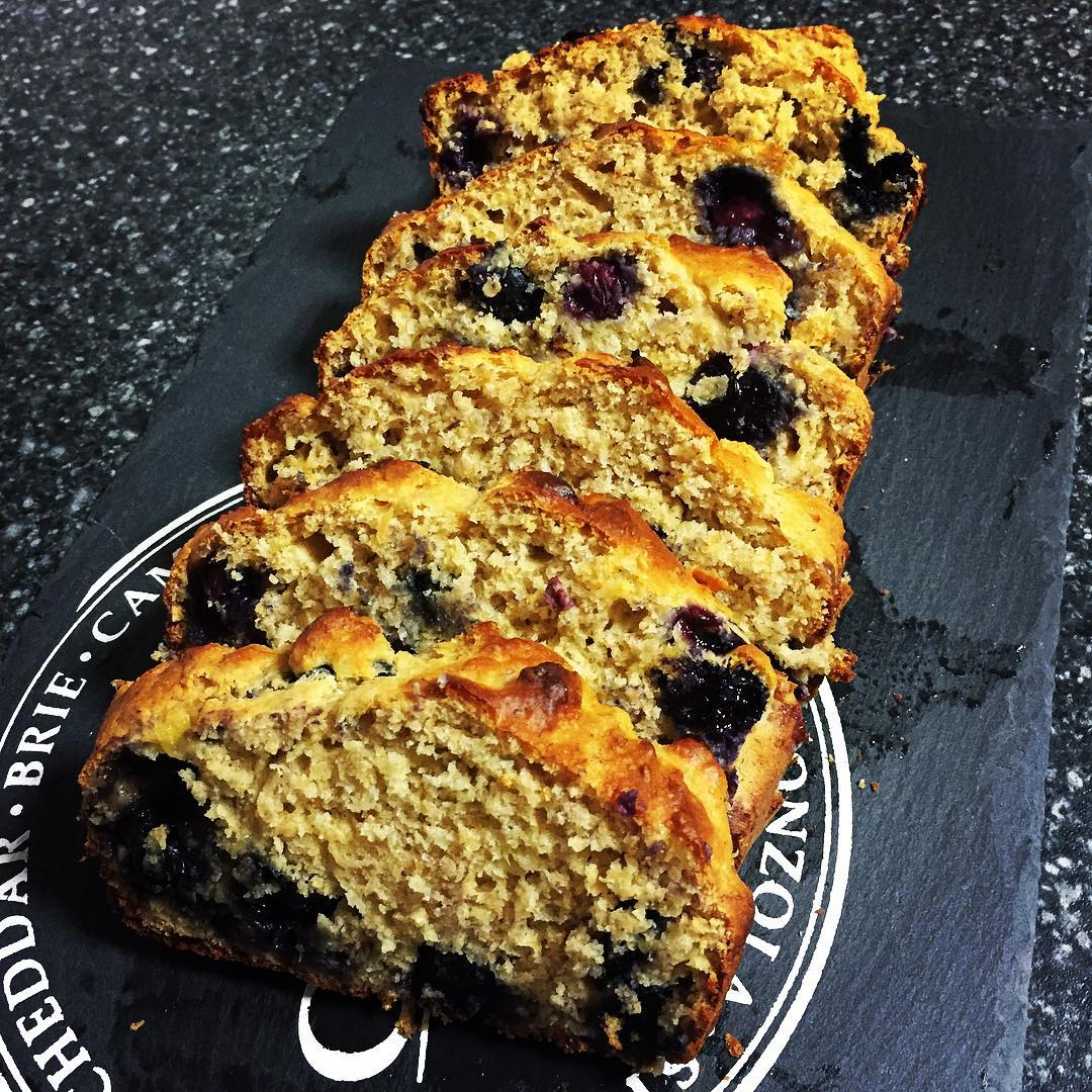 whole wheat blueberry banana bread by @alicexdeng