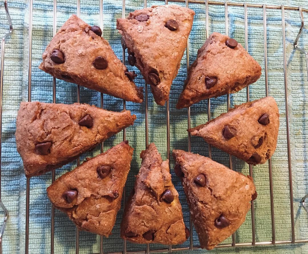 chocolate chip banana bread scones by @kerilyn0227