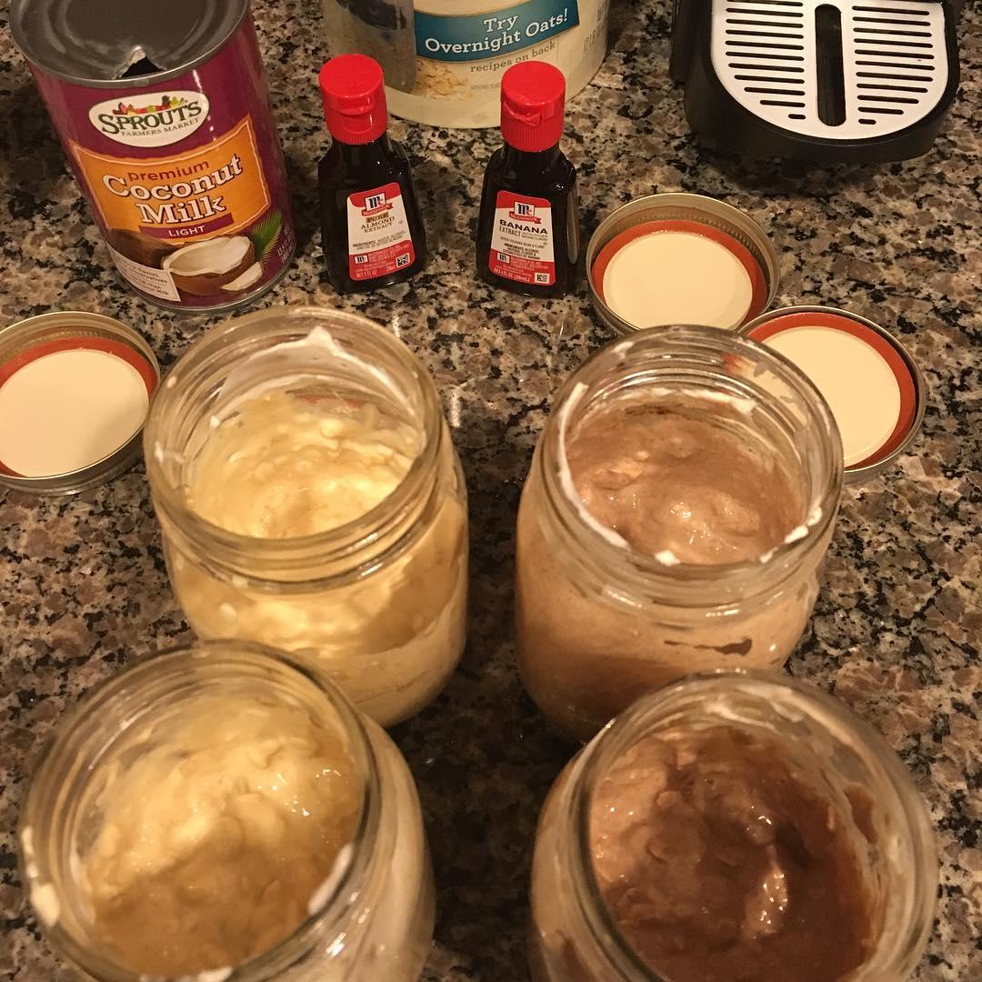 peanut butter banana protein overnight oats & almond joy protein overnight oats by @tekeilasunrize