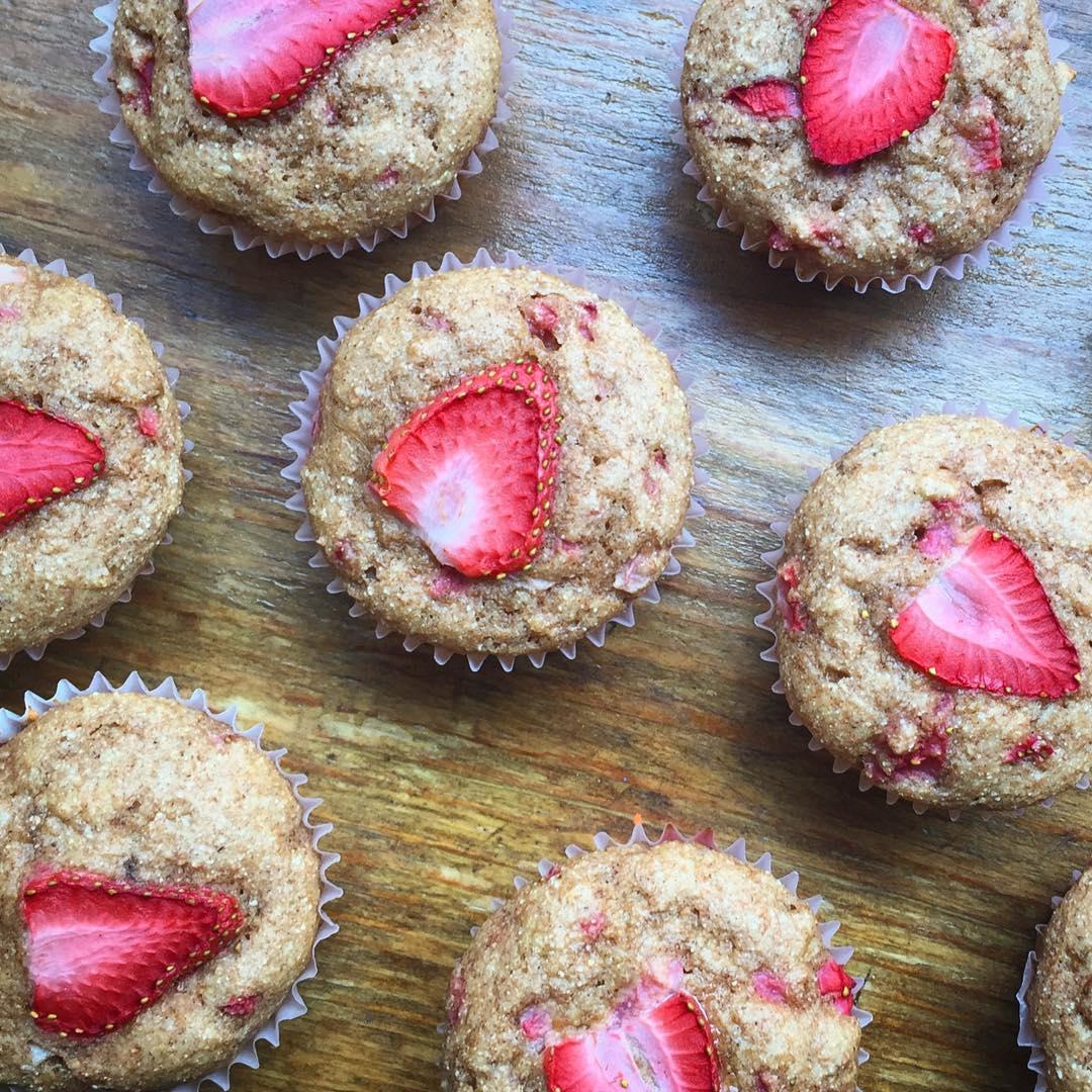 whole wheat strawberry banana muffins by @sarahbella_eats