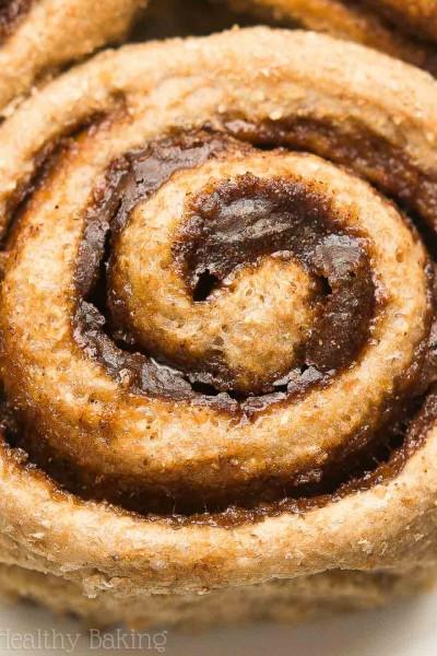 Healthy Apple Pie Spice Cinnamon Rolls