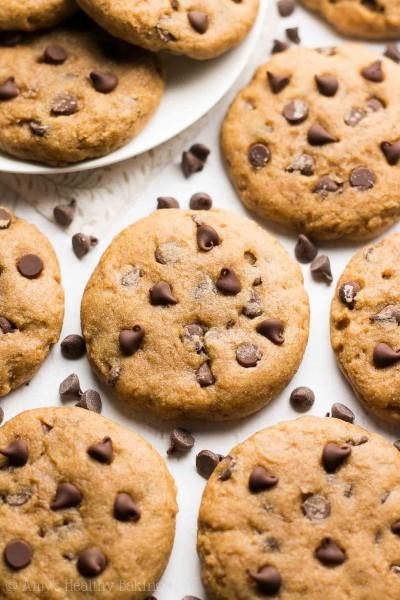 VIDEO: Healthy Banana Chocolate Chip Cookies