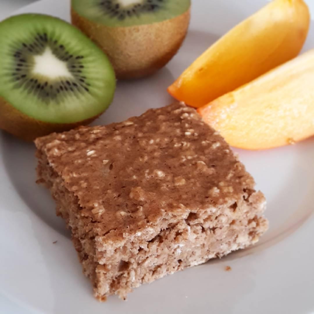 healthy banana oatmeal snack cake by @claras_keksfabrik