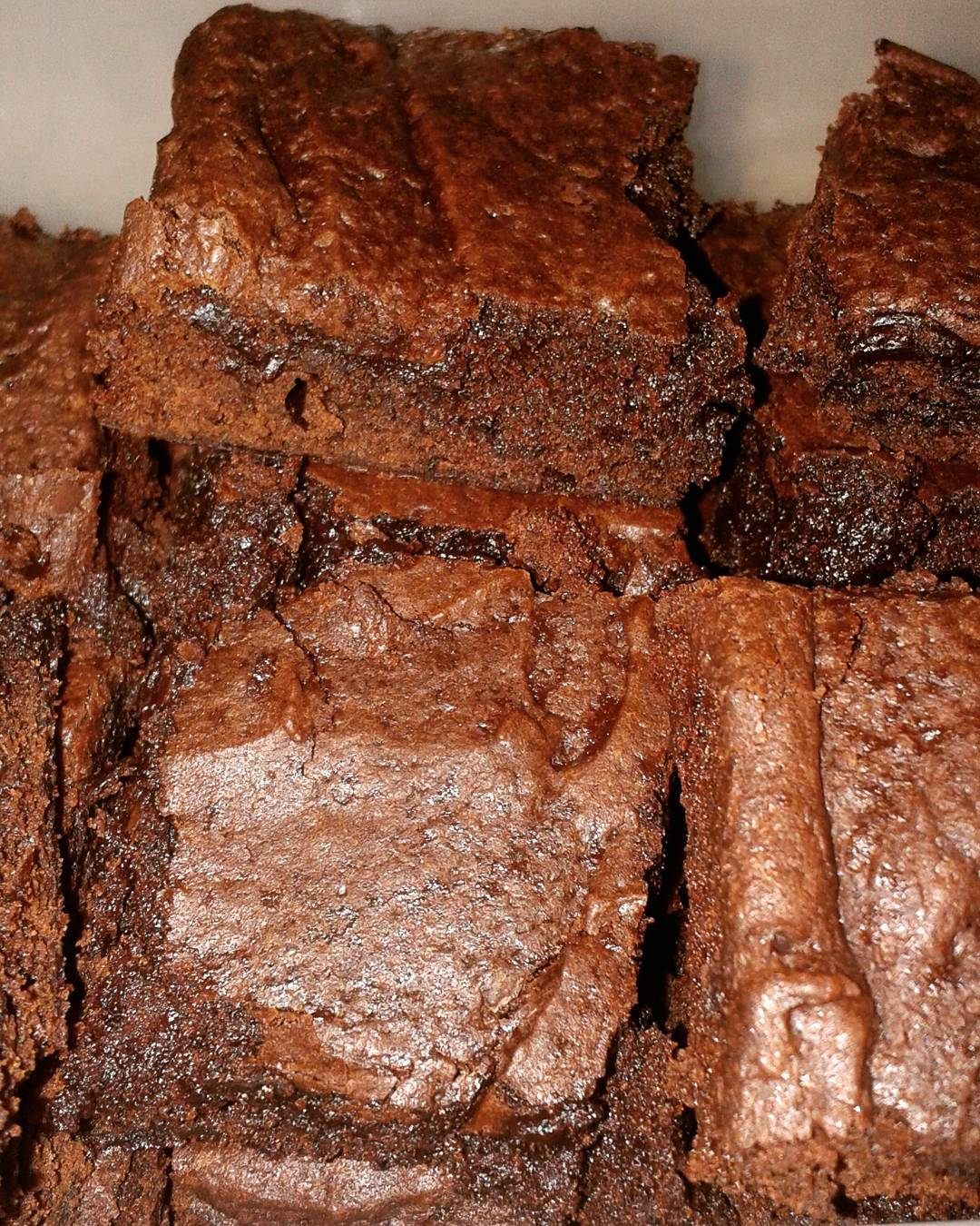 midnight dark chocolate brownies by @kinnymk.lau