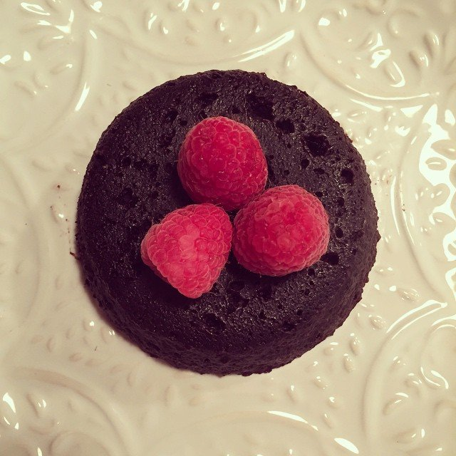 skinny single-serving fudgy brownie by @emilyasingletonfitcoach