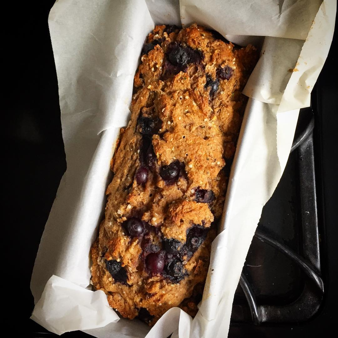 blueberry buttermilk banana bread by @fraukepants