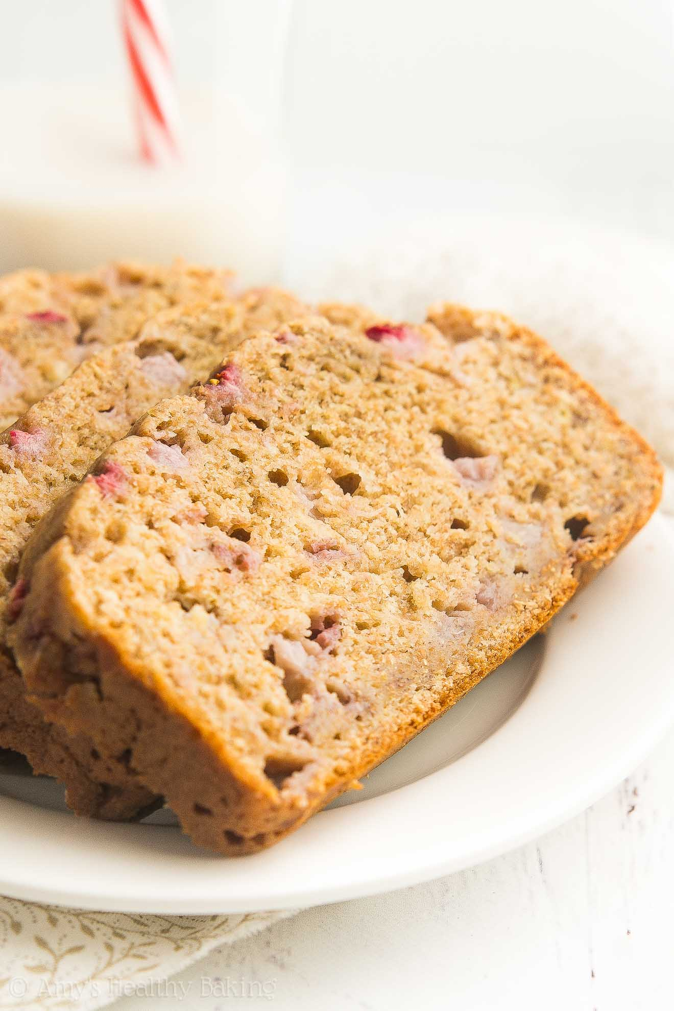Healthy Strawberry Buttermilk Banana Bread - so easy, 107 calories & 4g+ of protein! A great guilt-free breakfast or snack!