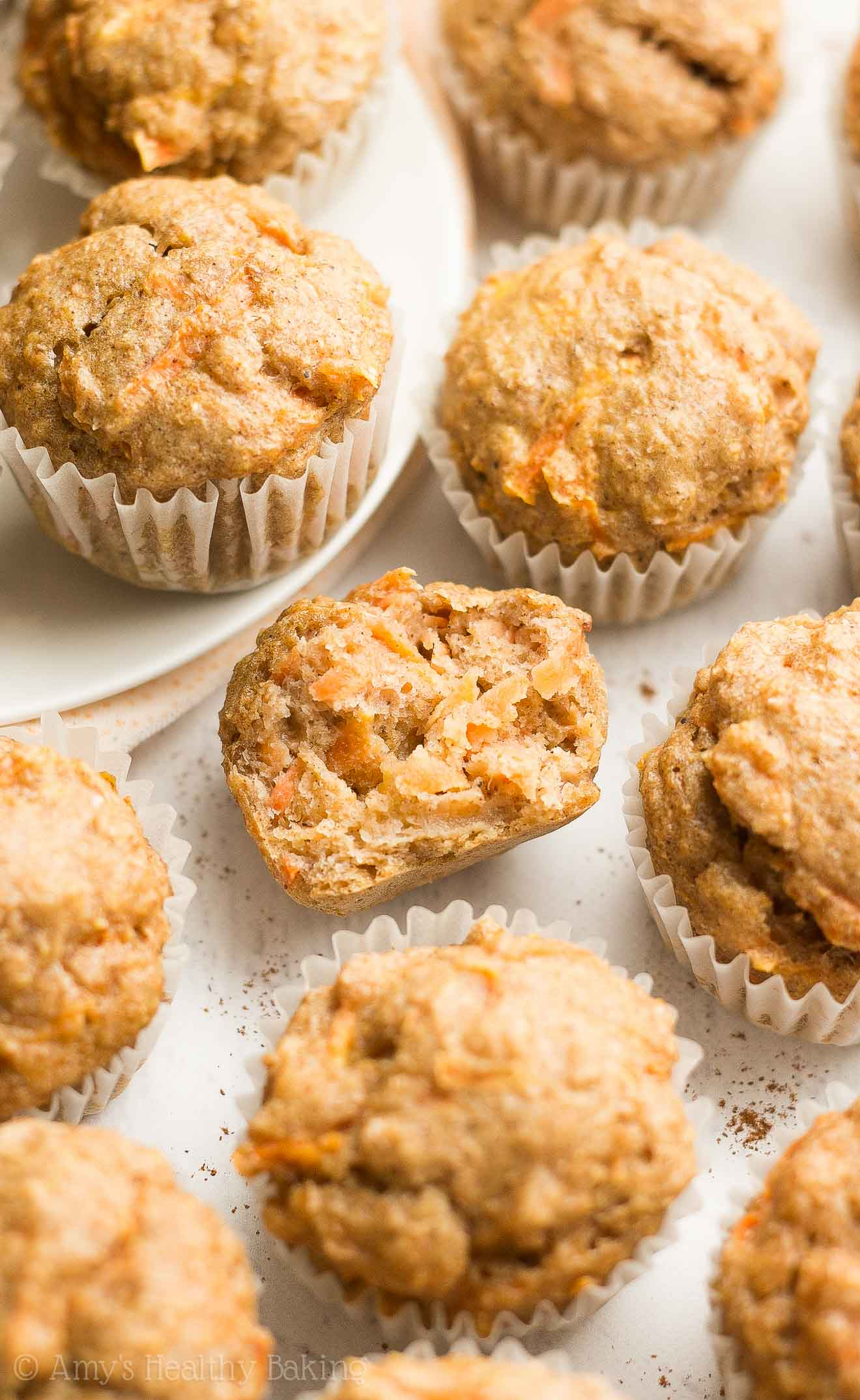 Healthy Carrot Cake Mini Muffins -- only 33 calories & just like eating dessert for breakfast! This recipe is really easy too!