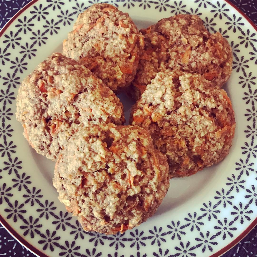 carrot cake oatmeal cookies by @smanson73
