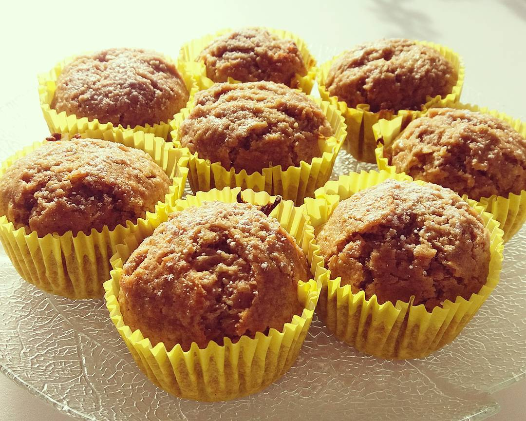 chocolate chip zucchini bread oatmeal cookies {turned into muffins!} by @fitchick2685