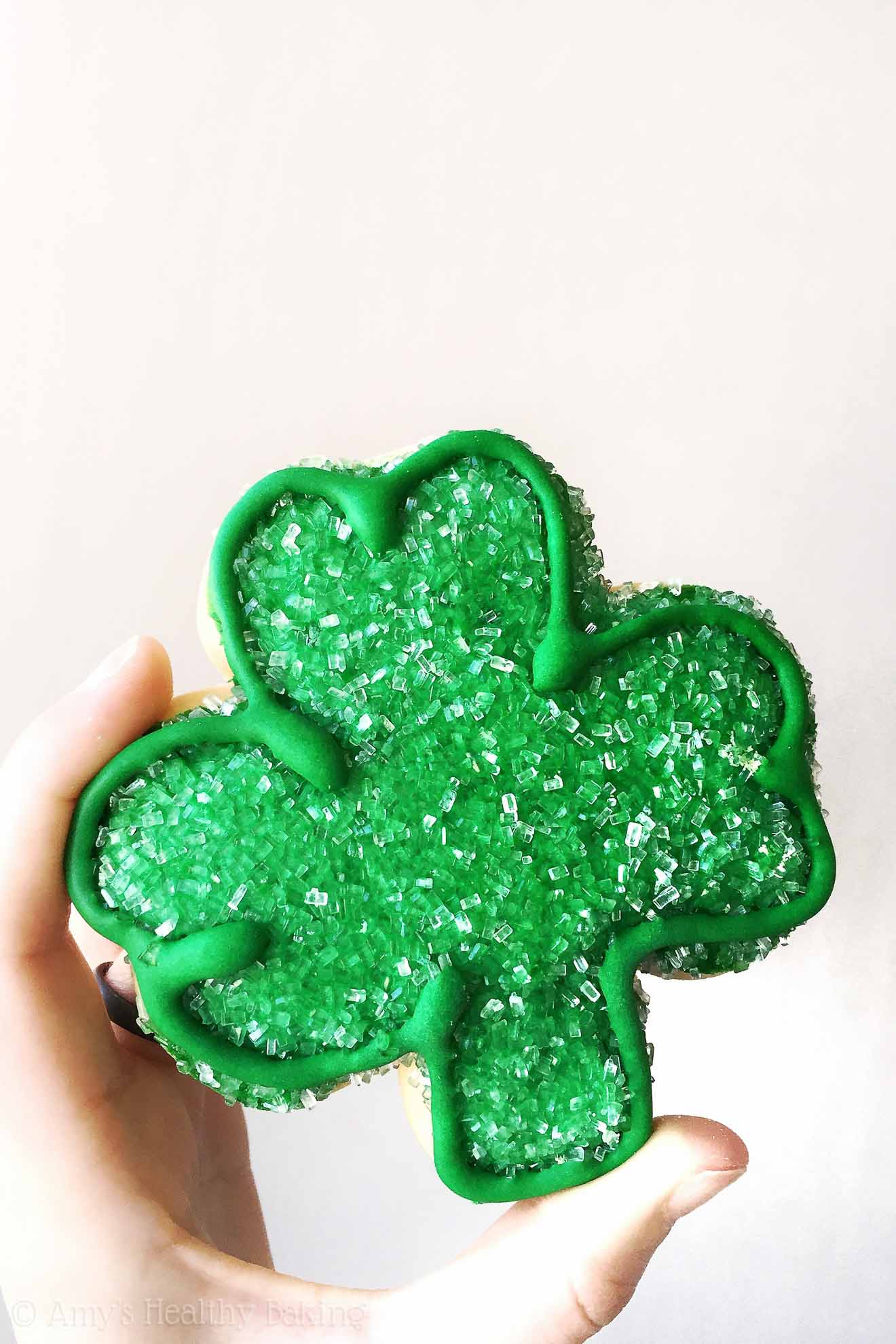 We don't always know what form our luck will take. Sometimes it's a penny, sometimes it's a four-leaf clover, and sometimes it's one extra day with our loved ones.   @amybakeshealthy