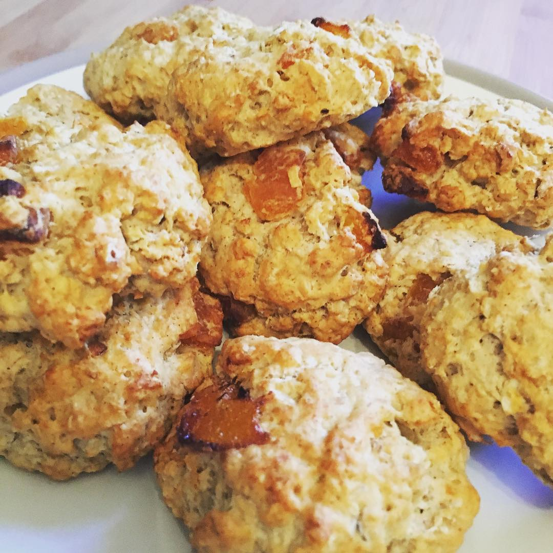 apricot oatmeal cookies by @lean_fit_strong_healthy