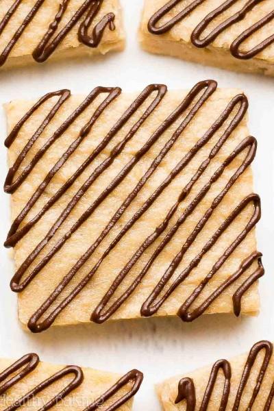 Chocolate Drizzled Banana Bread Brownies
