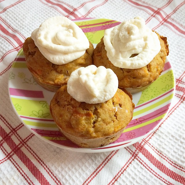classic carrot cake cupcakes by @brankagrbin