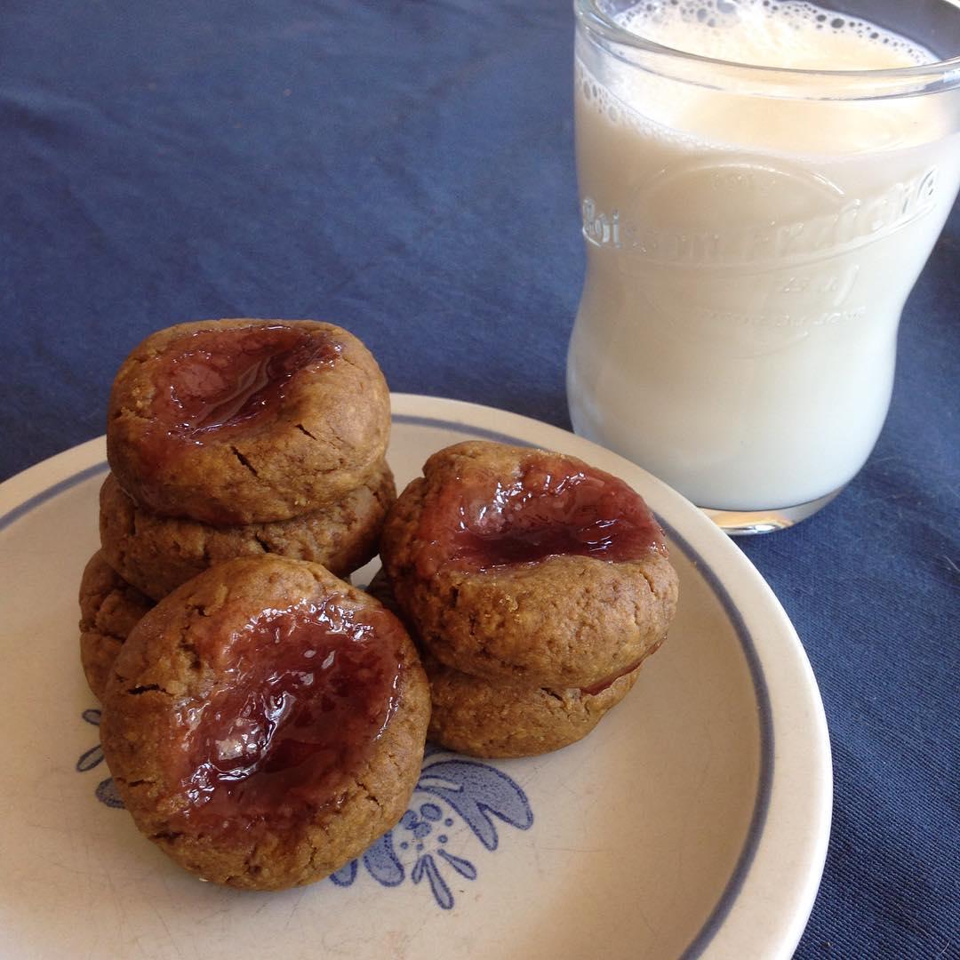 pb&j thumbprint cookies by @fightforlifelauren