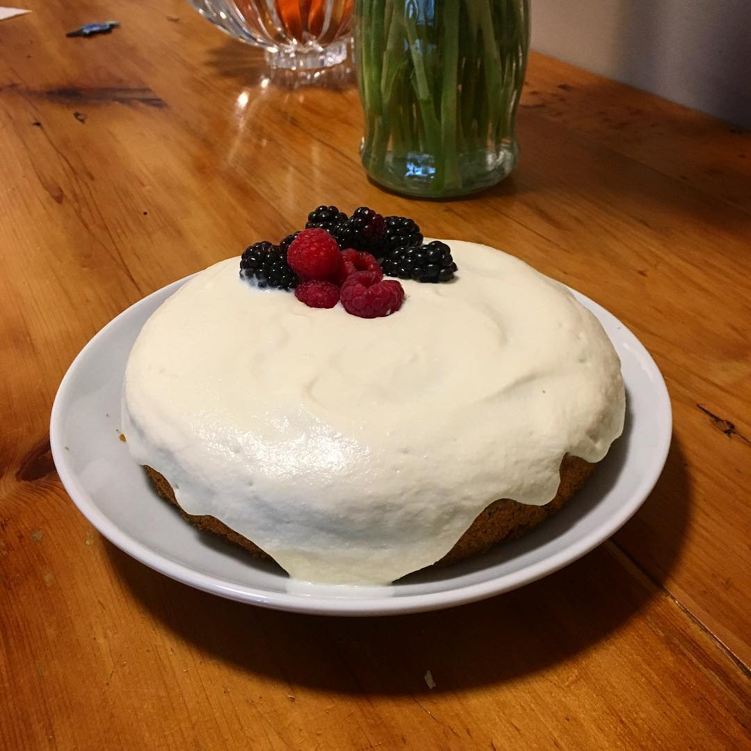 the ultimate healthy carrot cake by @yoginidanny
