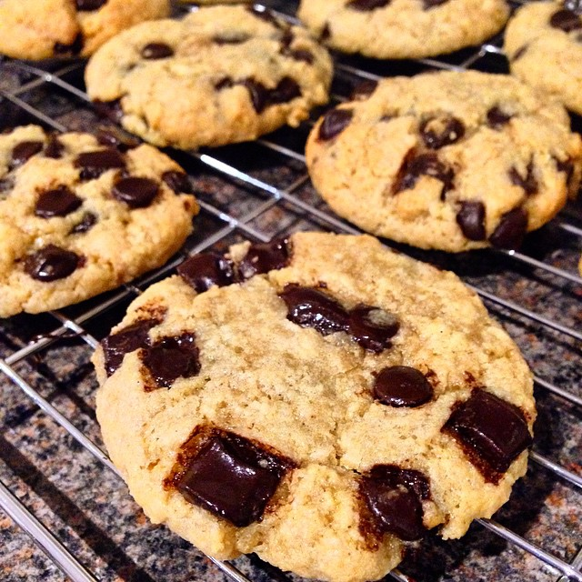 the ultimate healthy chocolate chip cookies by @beccalouisef
