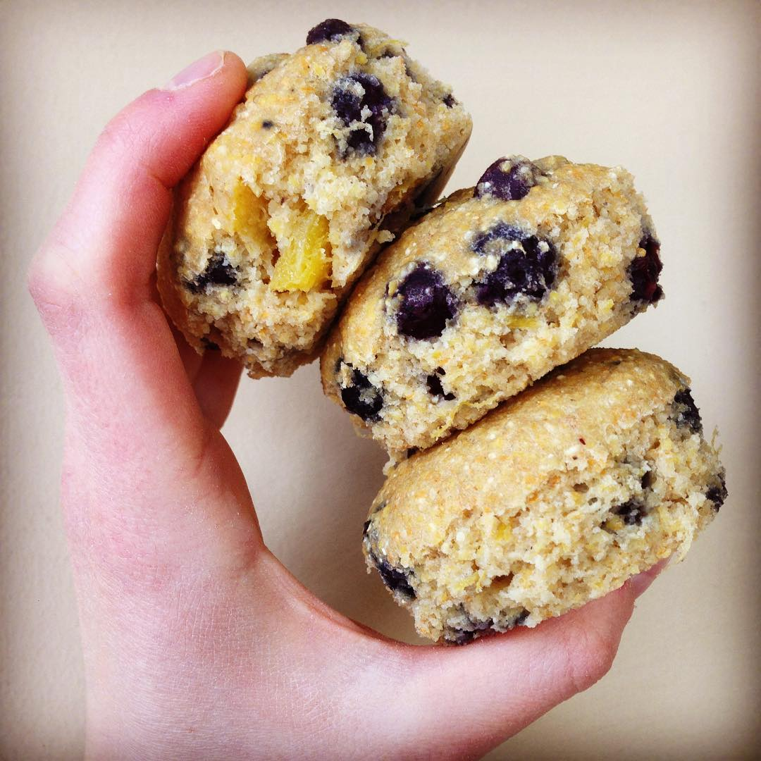the ultimate healthy cornbread {as muffins with blueberries & mango too!} by @fightforlifelauren