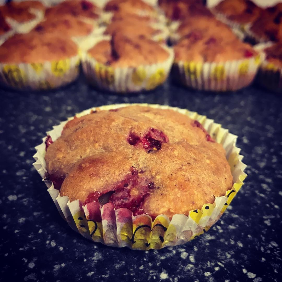 whole wheat strawberry banana muffins by @alicexdeng