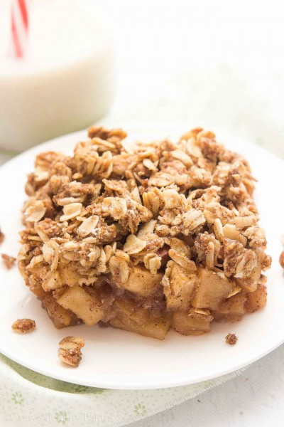 Healthy Chai Spice Apple Crumble