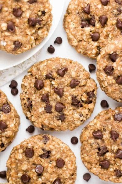 Healthy Chocolate Chip Banana Oatmeal Breakfast Cookies