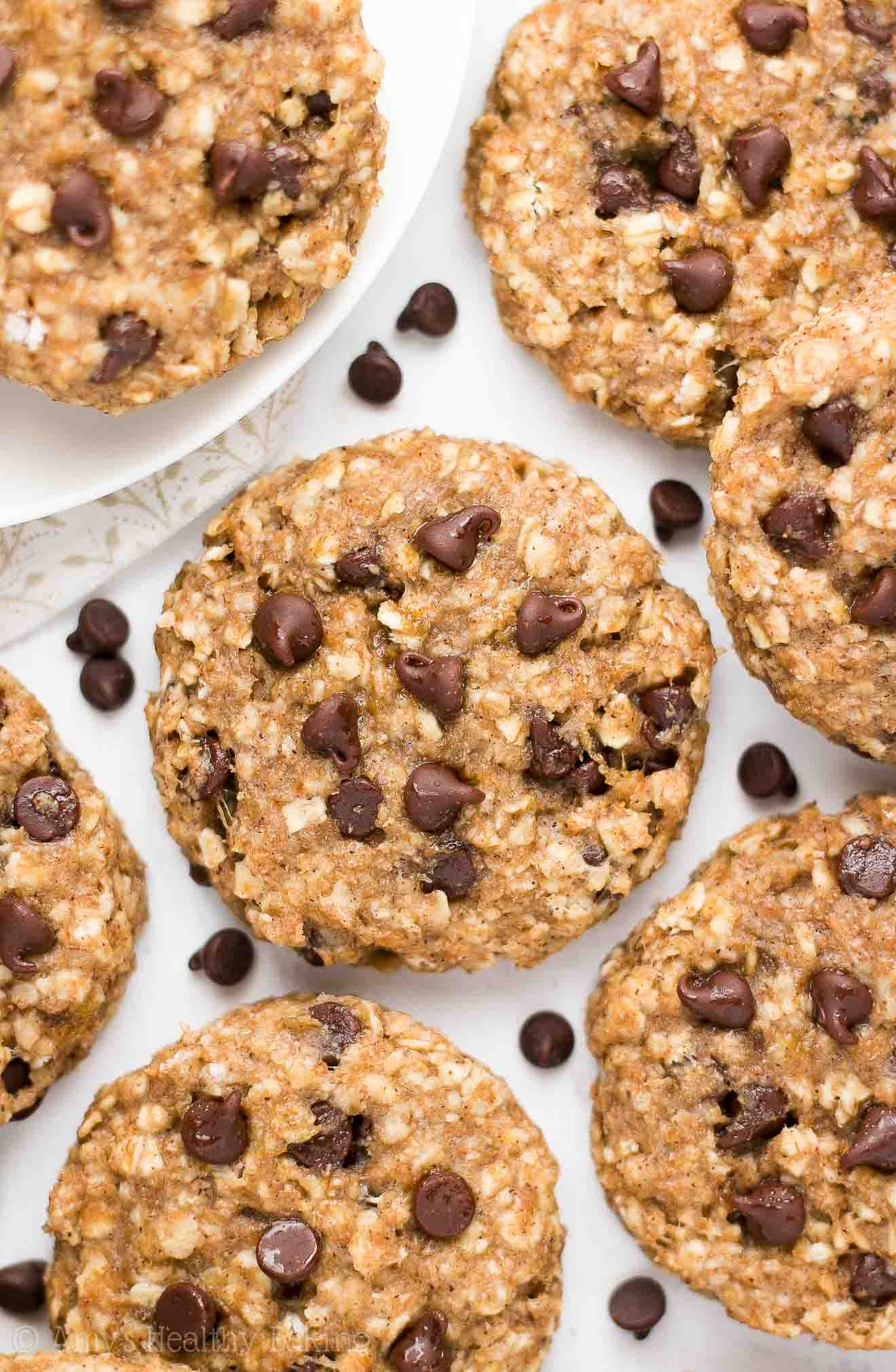 Healthy Chocolate Chip Banana Oatmeal Breakfast Cookies ...