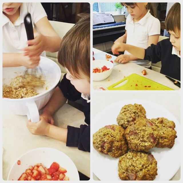 strawberry oatmeal cookies by @drnicolafarr_heartparenting
