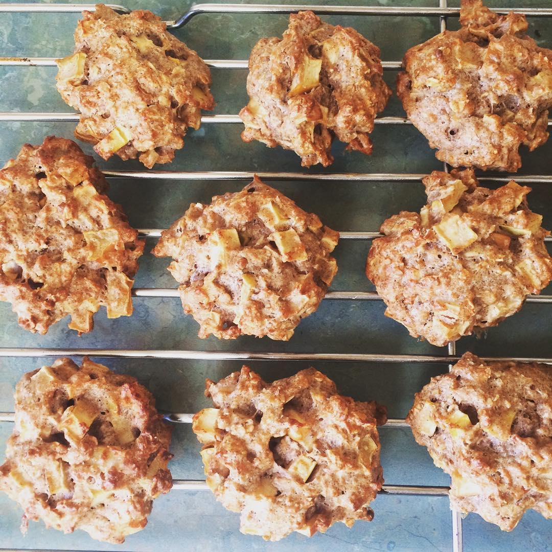 apple pie oatmeal cookies by @_nutbutter.butt_