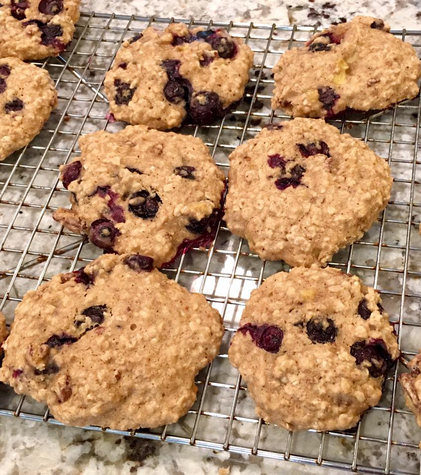 blueberry banana oatmeal cookies by @mary