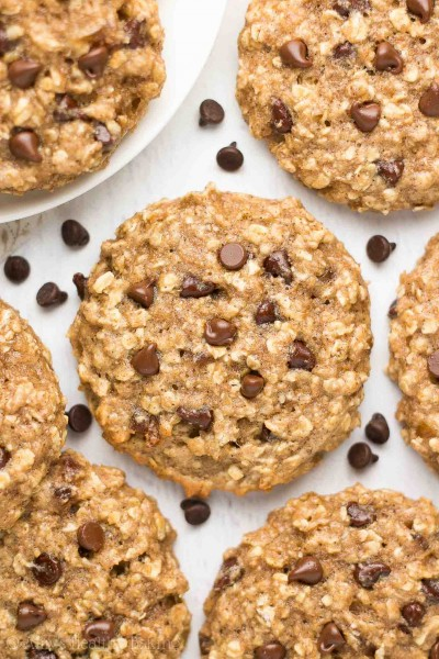 Healthy Caramel Chocolate Chip Oatmeal Cookies