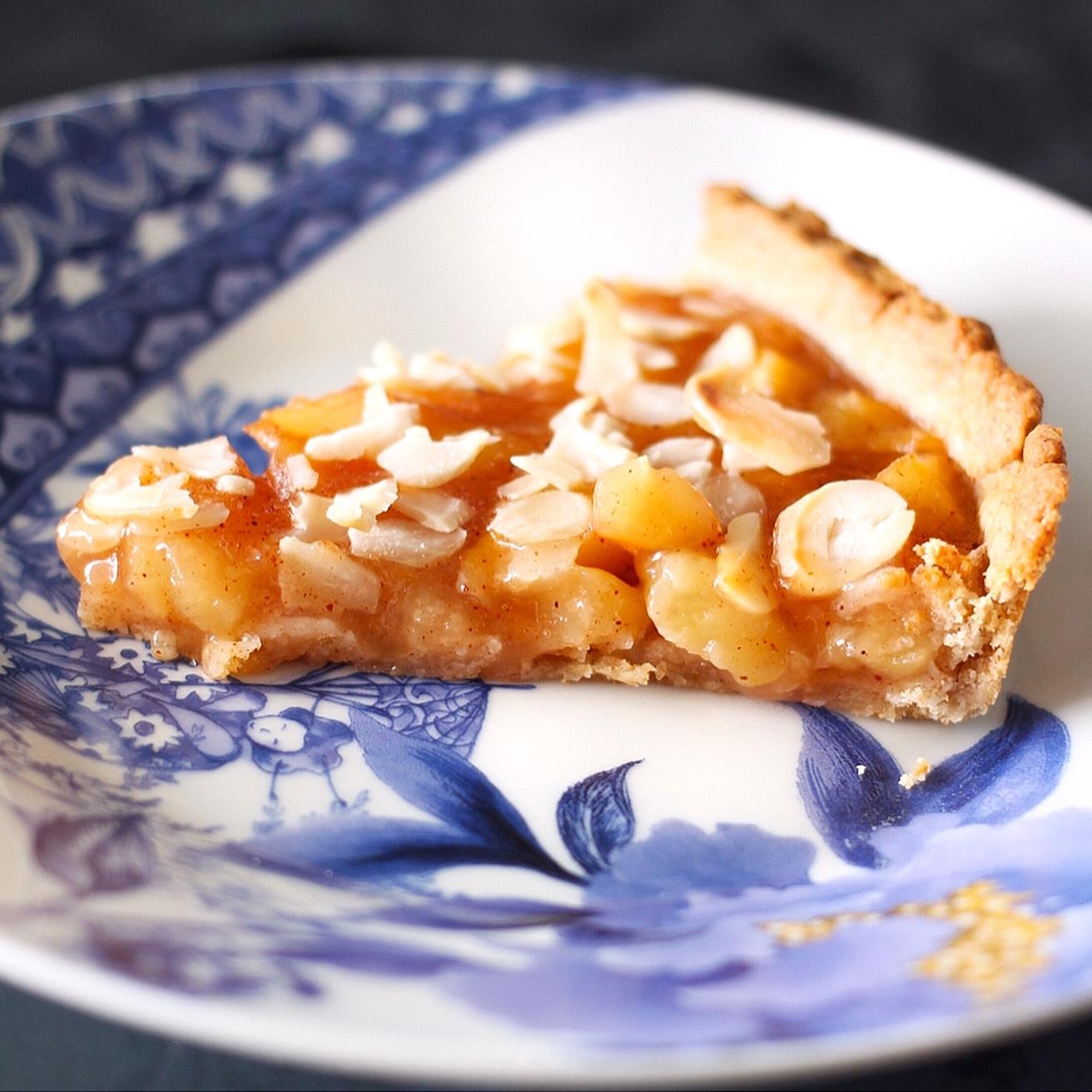 healthy classic apple pie by @kitchenart_ist