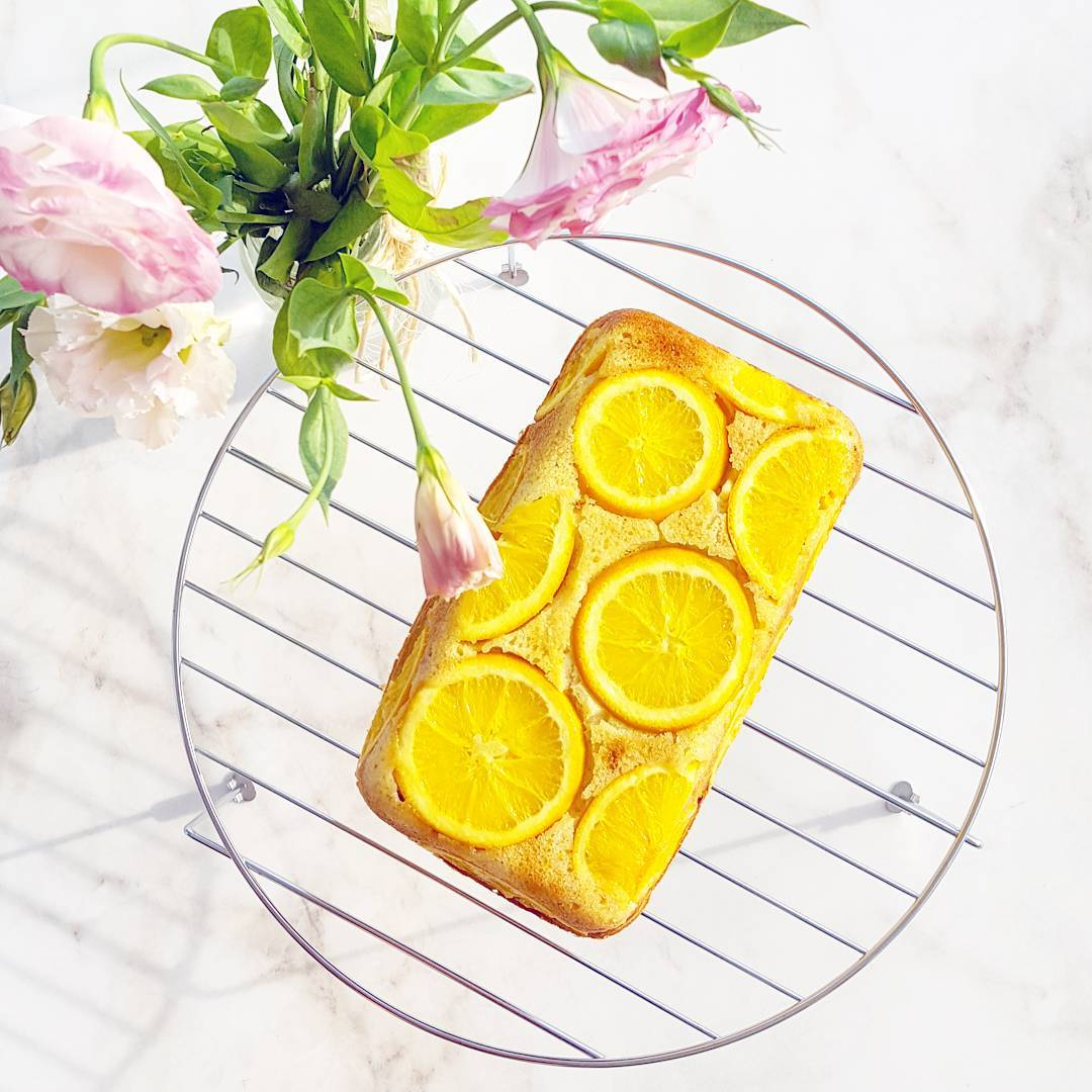 greek yogurt lemon poppy seed pound cake {with oranges instead!} by @alazygirltryingtobefit