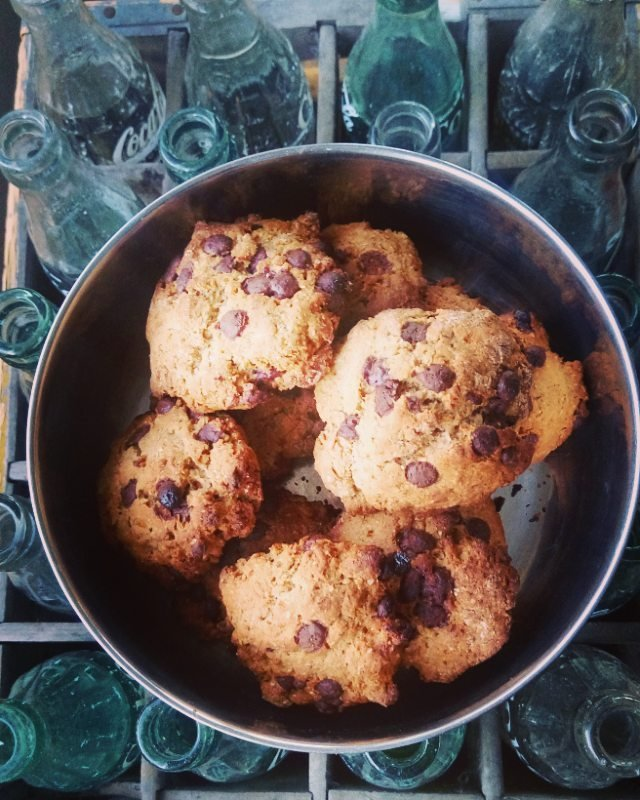 healthy banana chocolate chip cookies by @emma_mul237