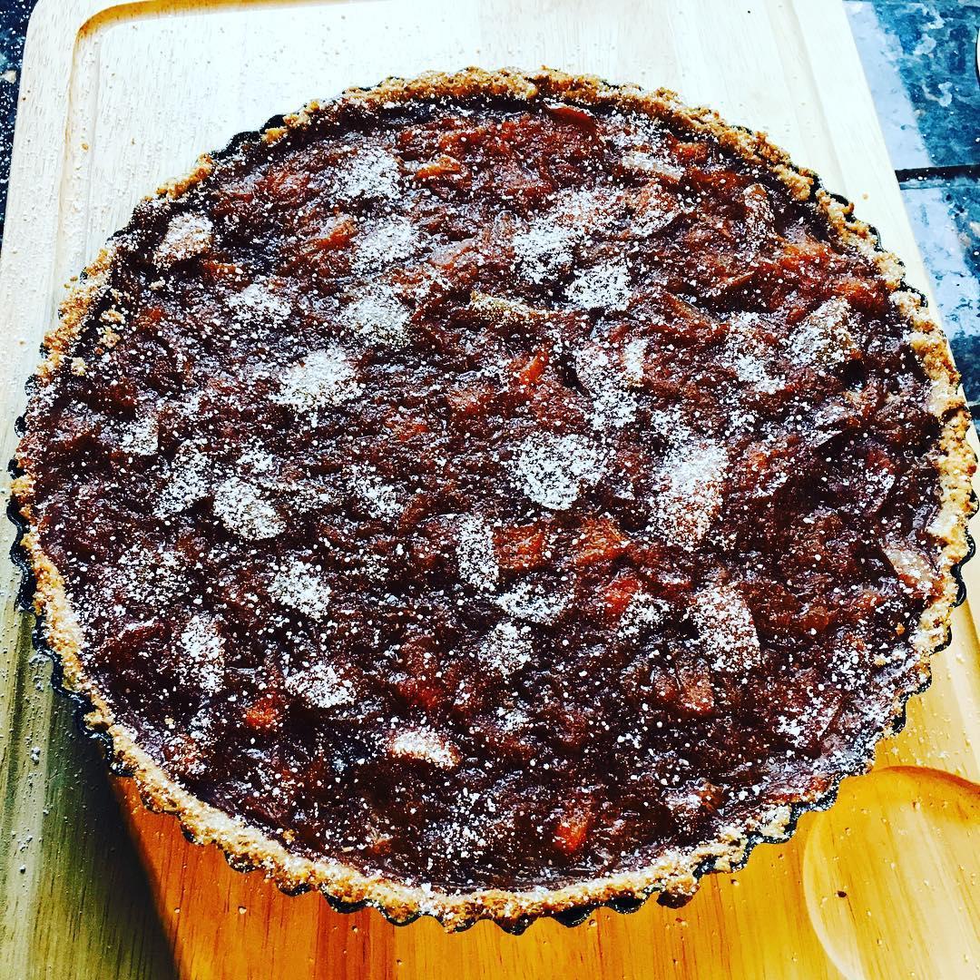 classic apple pie by @noirinkelly