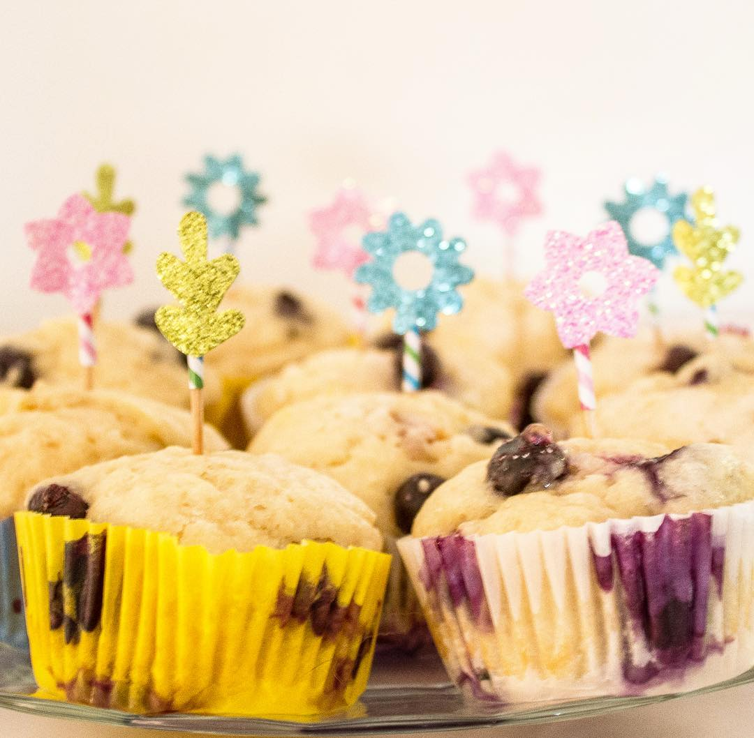 the ultimate healthy blueberry muffins by @laurenschully