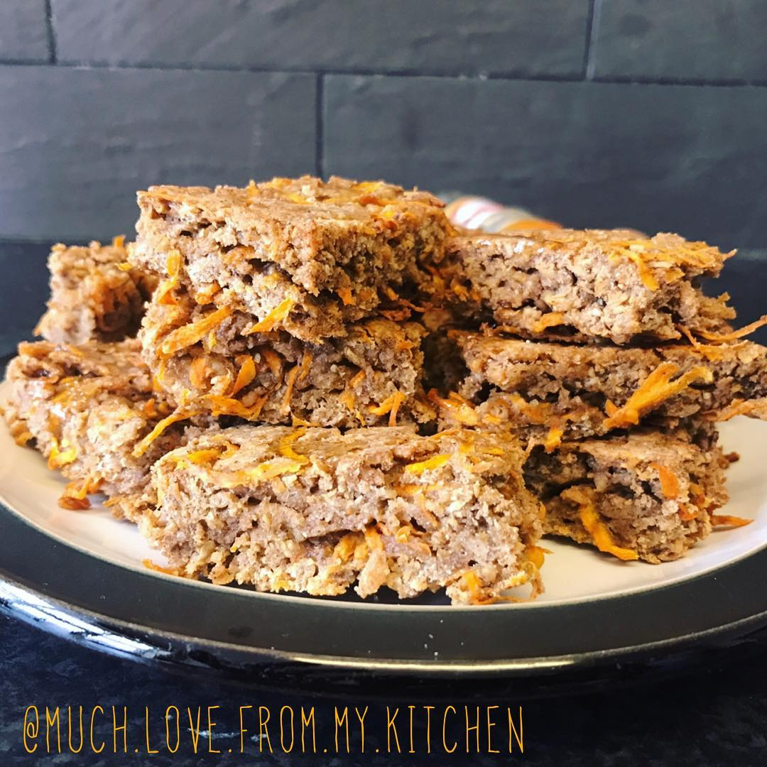 healthy carrot cake granola bar bites by @much.love.from.my.kitchen