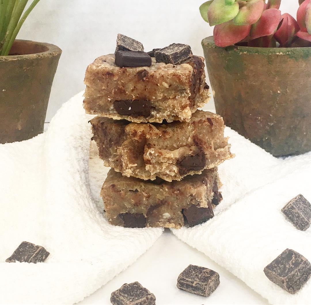 chocolate chip banana bread brownies by @headsorkales