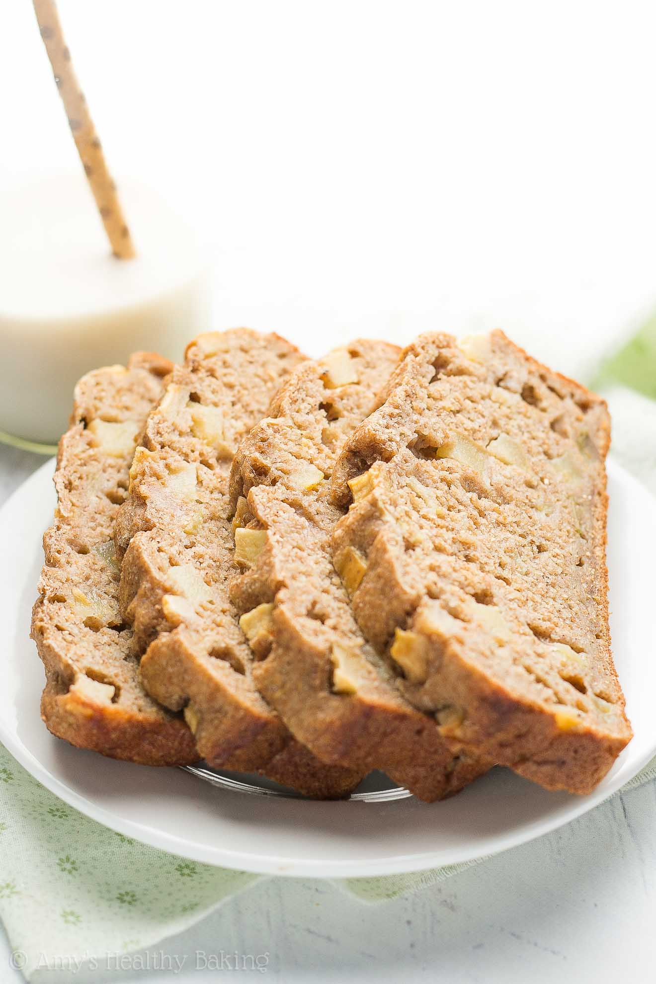 Healthy cinnamon apple banana bread amys healthy baking healthy cinnamon apple banana bread only 108 calories tastes amazing plus its forumfinder Images