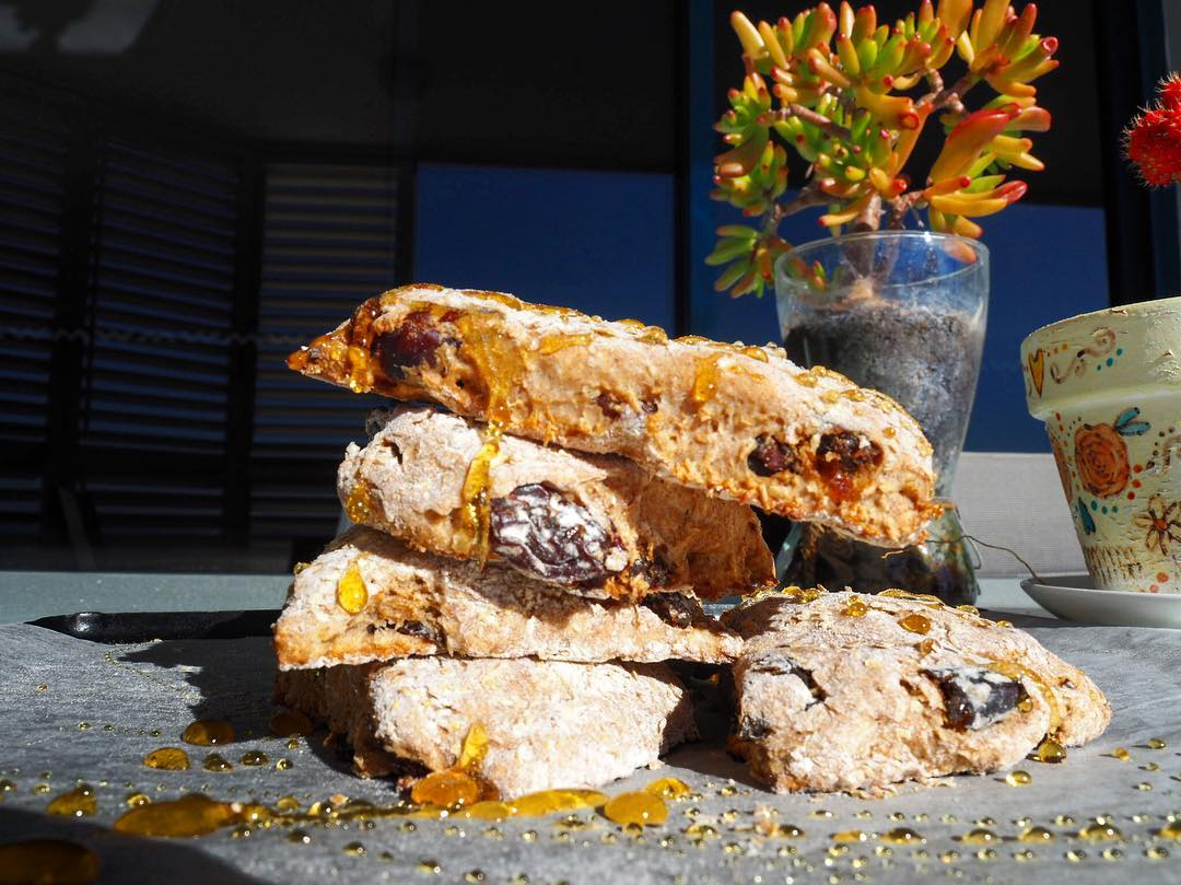 healthy cinnamon raisin scones by @fork_n_tasty