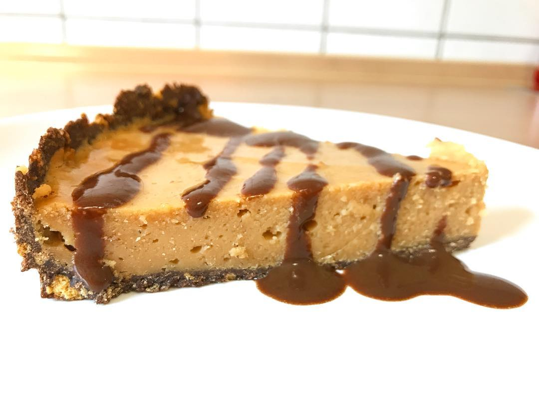 skinny peanut butter cheesecake by @audreyana2